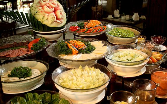 buffet di Laras Asri Resort & Spa