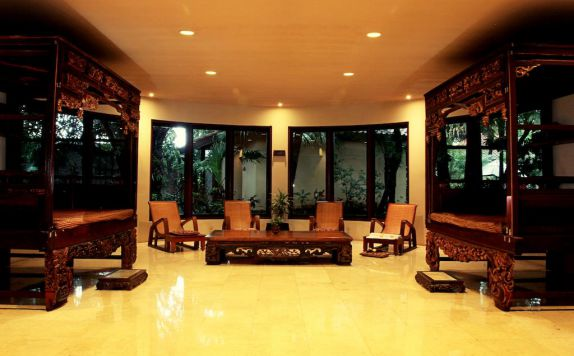 interior di Laras Asri Resort & Spa