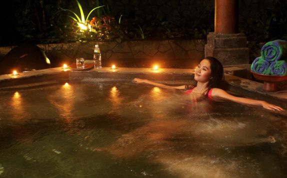 spa di Laras Asri Resort & Spa