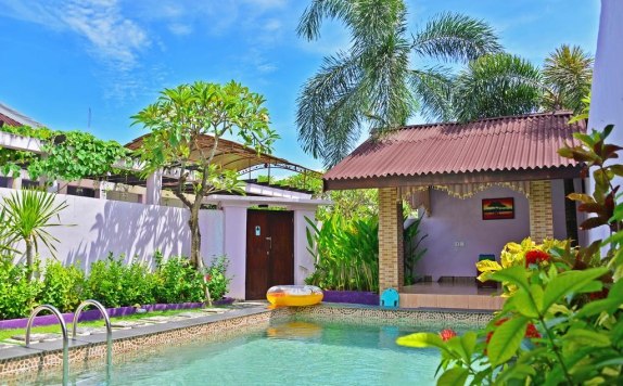 swiming pool di Lavender Villa & Spa
