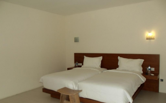 guest room twin bed di L Bajo Hotel