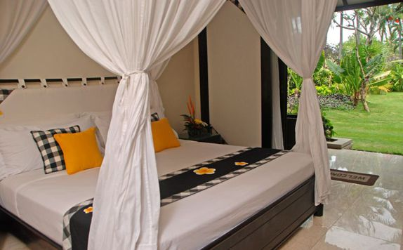 Superior Room di Legian Beach Hotel