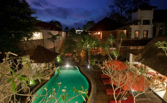 swimming pool di Lumbung Sari Cottages & Spa
