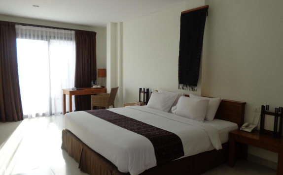 Guest room di Luwansa Beach Resort