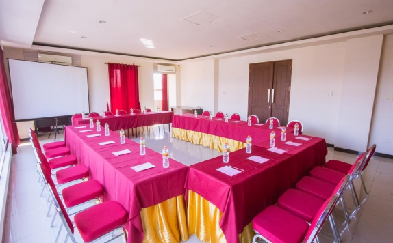 meeting room di Luxpoint Hotel