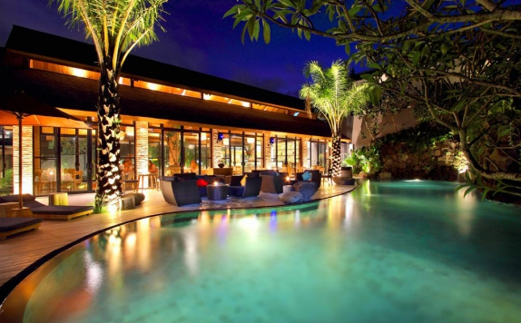 swiming pool di Maca Villas & Spa Seminyak