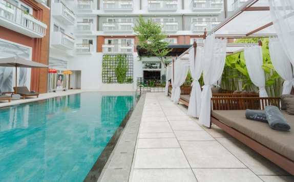 Swiming Pool di Maison Aurelia