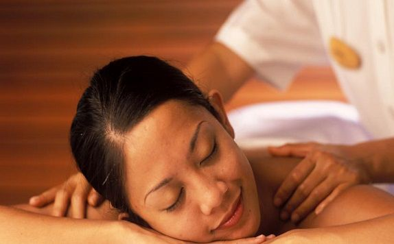 Massage di Maya Ubud Resort and Spa