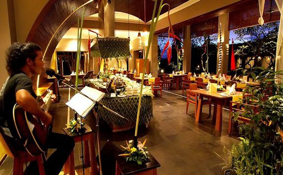 Restaurant di Maya Ubud Resort and Spa