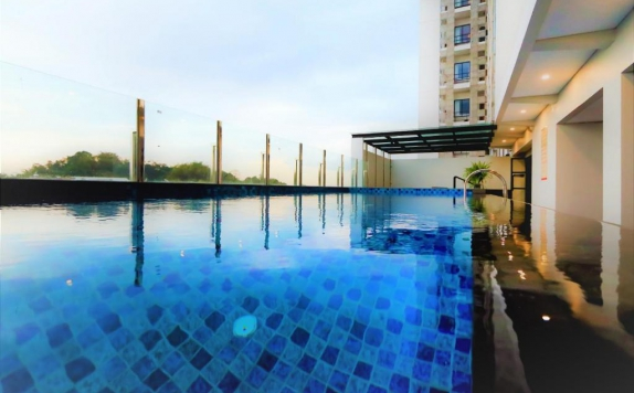 Swimming Pool di Meotel Jember by Dafam