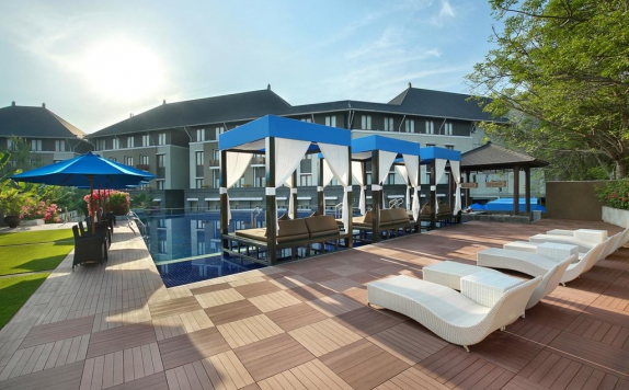 Swimming Pool di Mercure Nusa Dua