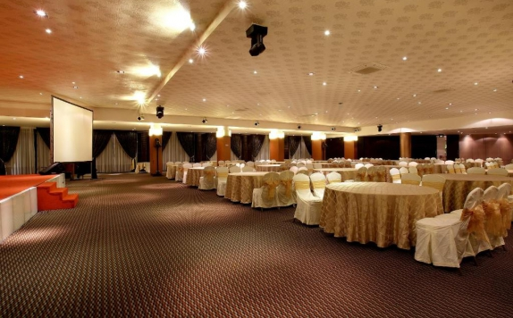 Ballroom di Mikie Holiday Resort & Hotel