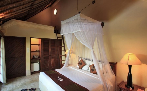 Tampilan Bedroom Hotel di Mimpi Resort Tulamben