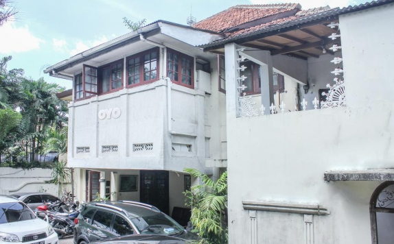 Front view di M Residence Menteng
