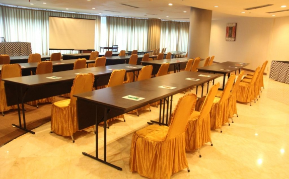 Meeting room di NAM Hotel