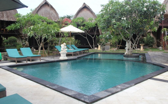 Swimming Pool di Nanuk's Bungalows