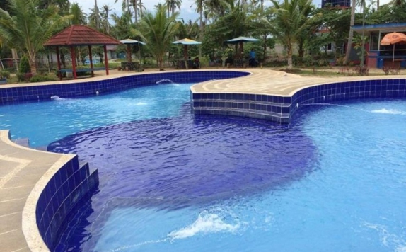 Swimming Pool di Negeri Baru Hotel & Resort