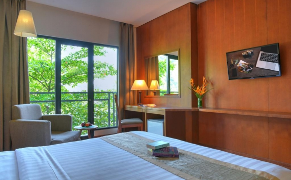 Bedroom di Oaktree Emerald Hotel Semarang