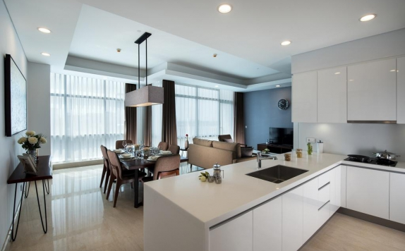 kitchen di Oakwood Suites La Maison