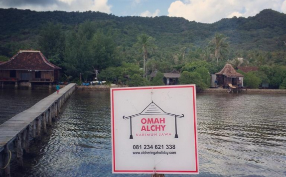 Eksterior di Omah Alchy Cottages