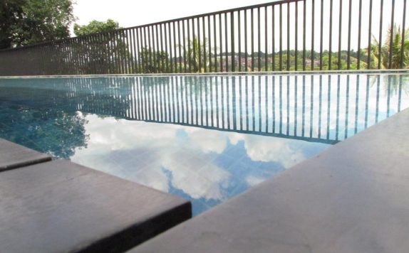 Swimming Pool di Padjadjaran Suites Hotel & Conference