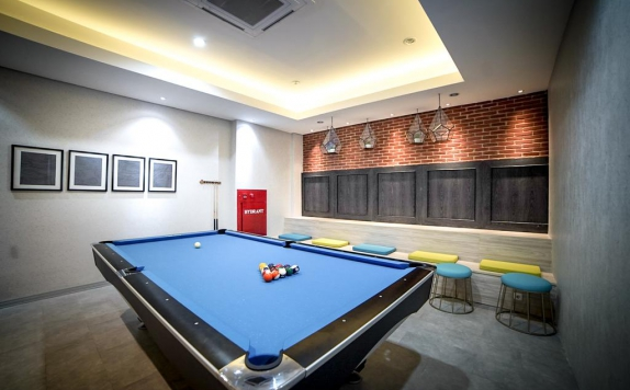 billiard di PALM PARK Hotel Surabaya