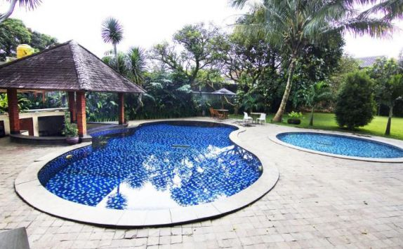 swimming pool di Papyrus Tropical Hotel