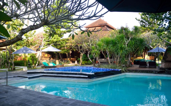 Swimming Pool di Peneeda View Beach Hotel