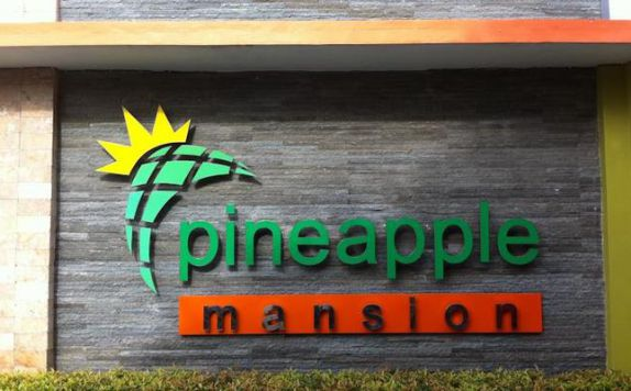 exterior di Pineapple Mansion Solo