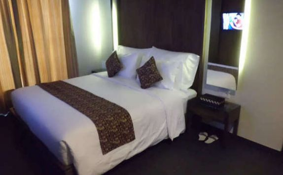 guest room di PING Hotel