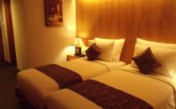 guest room twin bed di PING Hotel