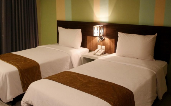 Guest room Twin Bed di Pose In Hotel