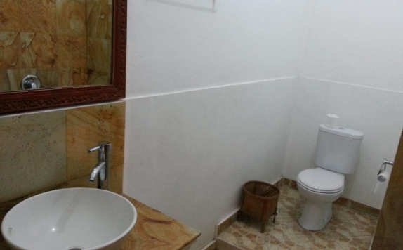 Bathroom di Puri Oka