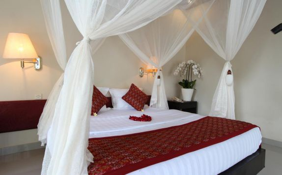 Double Bed Room Hotel di Putri Ayu Cottage