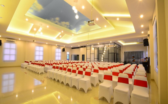 Ballroom di Queen City Hotel