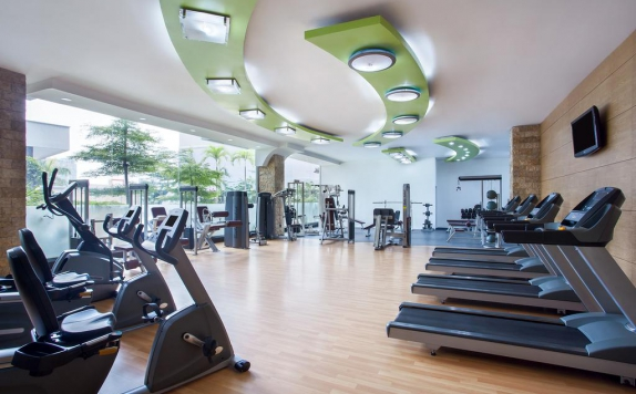 Gym and Fitness Center di Radisson Hotel Medan