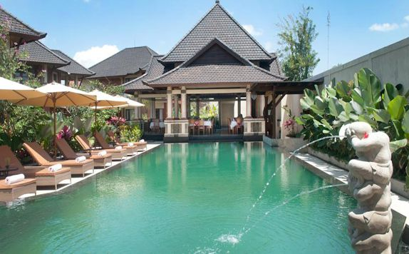 Swimming Pool di Rama Phala Resort & Spa