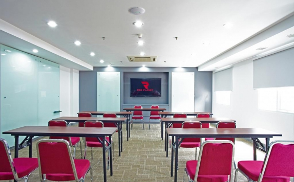 Meeting Room di Red Planet Palembang (formerly Tune Palembang)