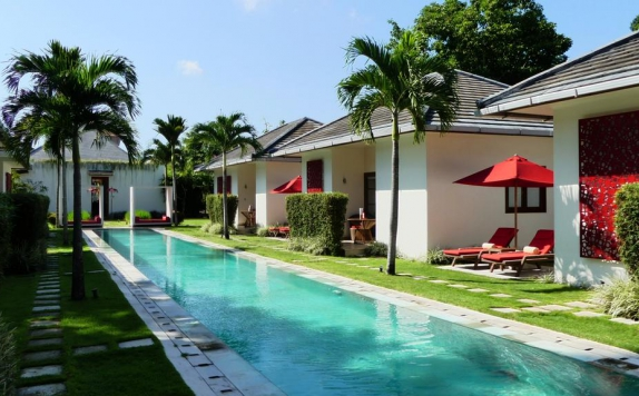 Swimming Pool di Rouge Bali - Lounge Bar, Villas & Spa