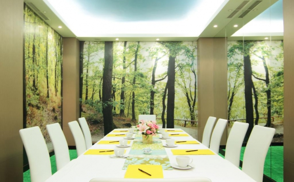 Meeting room di Royal City Hotel