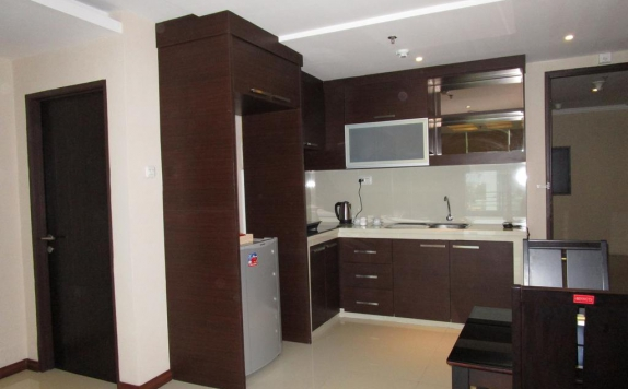 kitchen di Royal Suite Condotel