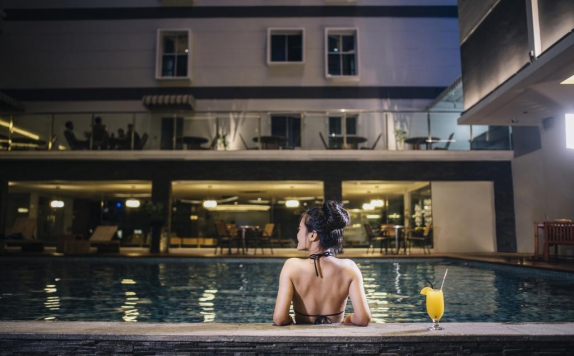 Swimming pool di Sahid Batam Centre Hotel