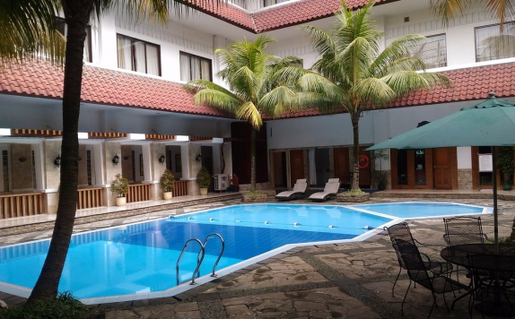 Swimming Pool di Salak The Heritage