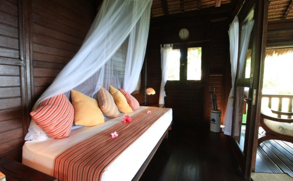 spa di Samawa Seaside Cottages