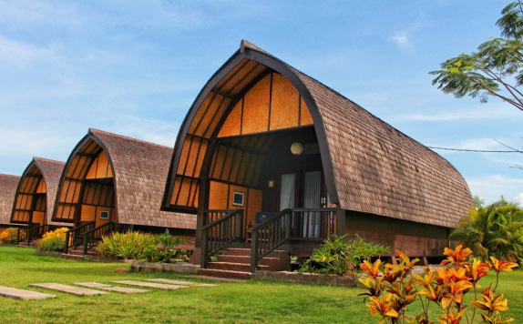 Tampilan Luar di Samawa Seaside Cottages
