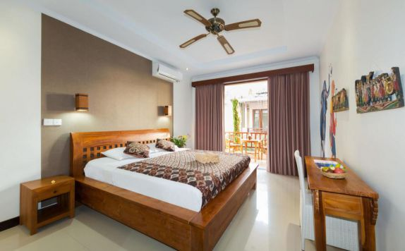 Double Bed Room di Sandat Bali Ubud Guest House