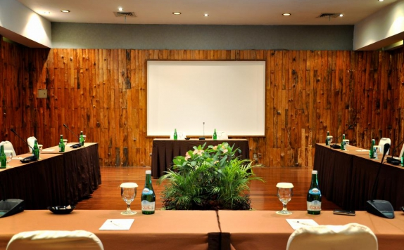 meeting room di Santika Cirebon
