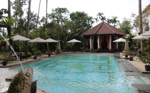 Swimming Pool di Sarasvati Borobudur Hotel