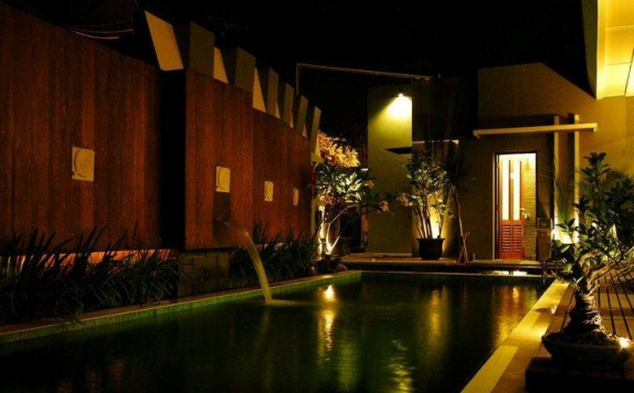 swimming pool di Savali Hotel Padang