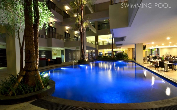Swimming Pool di Savana Hotel & Convention